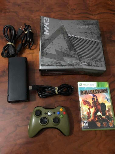 Xbox 360 Slim Edición Modern Warfare 3 (sin Disco Duro)