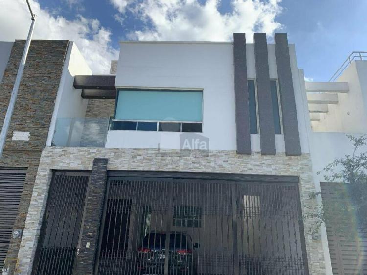 Casa sola en renta en Cumbres Elite, Monterrey, Nuevo León