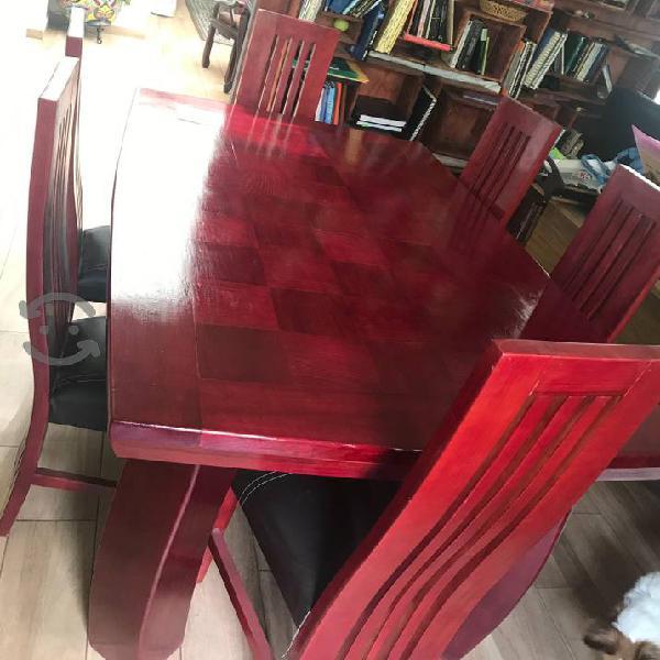 Comedor de madera, 6 sillas