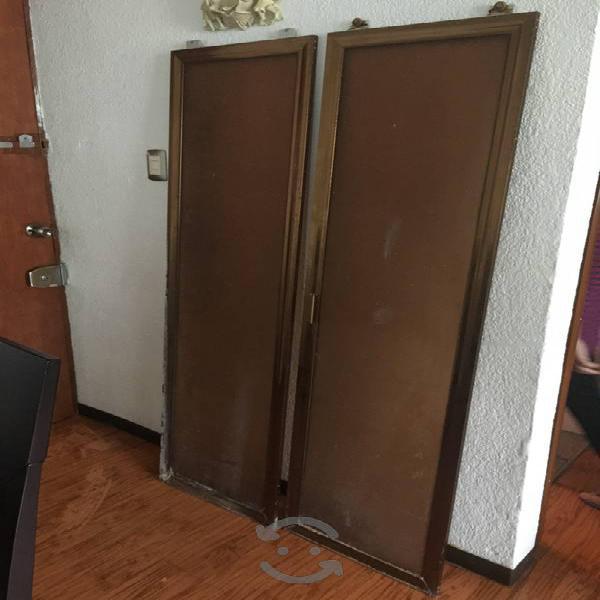 Puertas de aluminio y acrílico
