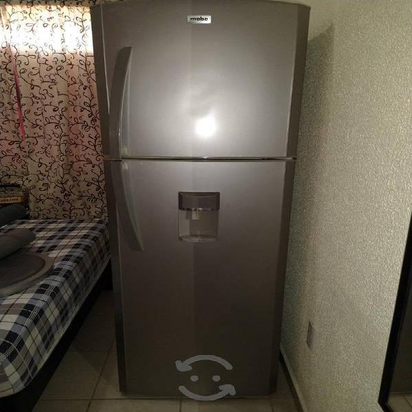 Vendo Refrigerador marca Mabe