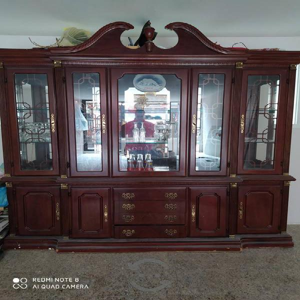 vitrina y trinchador de lujo