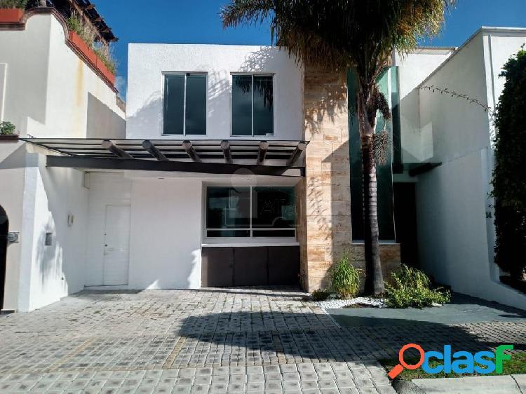 Casa sola en venta en Lomas de Angelópolis, San Andrés