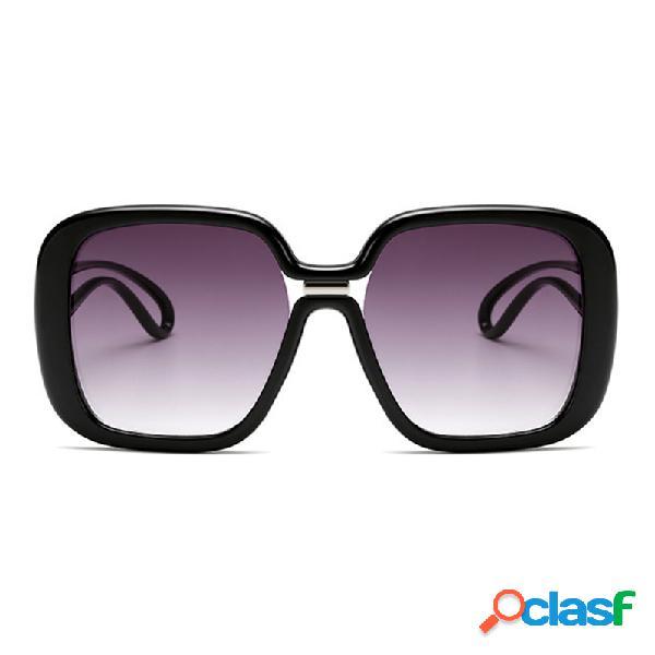 Unisex Retro Big Caja Nuevas gafas de sol de color de