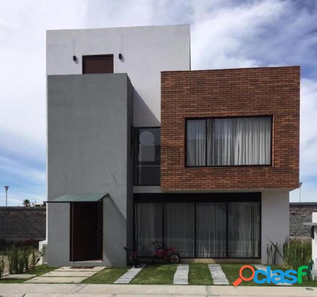 Casa en Renta de 3 Recamaras en Zona Plateada // Pachuca HGO